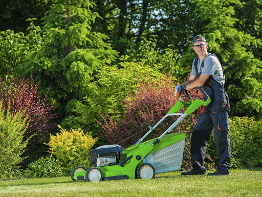 Professional Lawn Mowing:gardener,lawn mower,mowing,grass mowing,lawn,field,backyard,yard,gardening,floral,work,professional,profession,men,caucasian,happy,satisfaction,gasoline mower,machine,tool,equipment,pro,care,taking care,property,estate,job,cut,smiling,satisfied,satisfaction,service,labor,horizontal